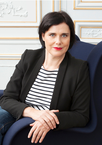 Rozenn Mainguené, Designer de flacons de parfum et cosmétique, création de packaging et PLV.